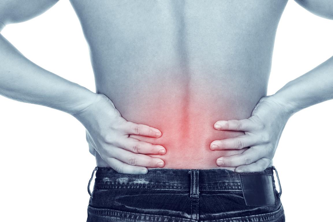 La douleur dans le thorax en bas et le dos